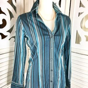 NY&CO Blouse size M Blue Stripe